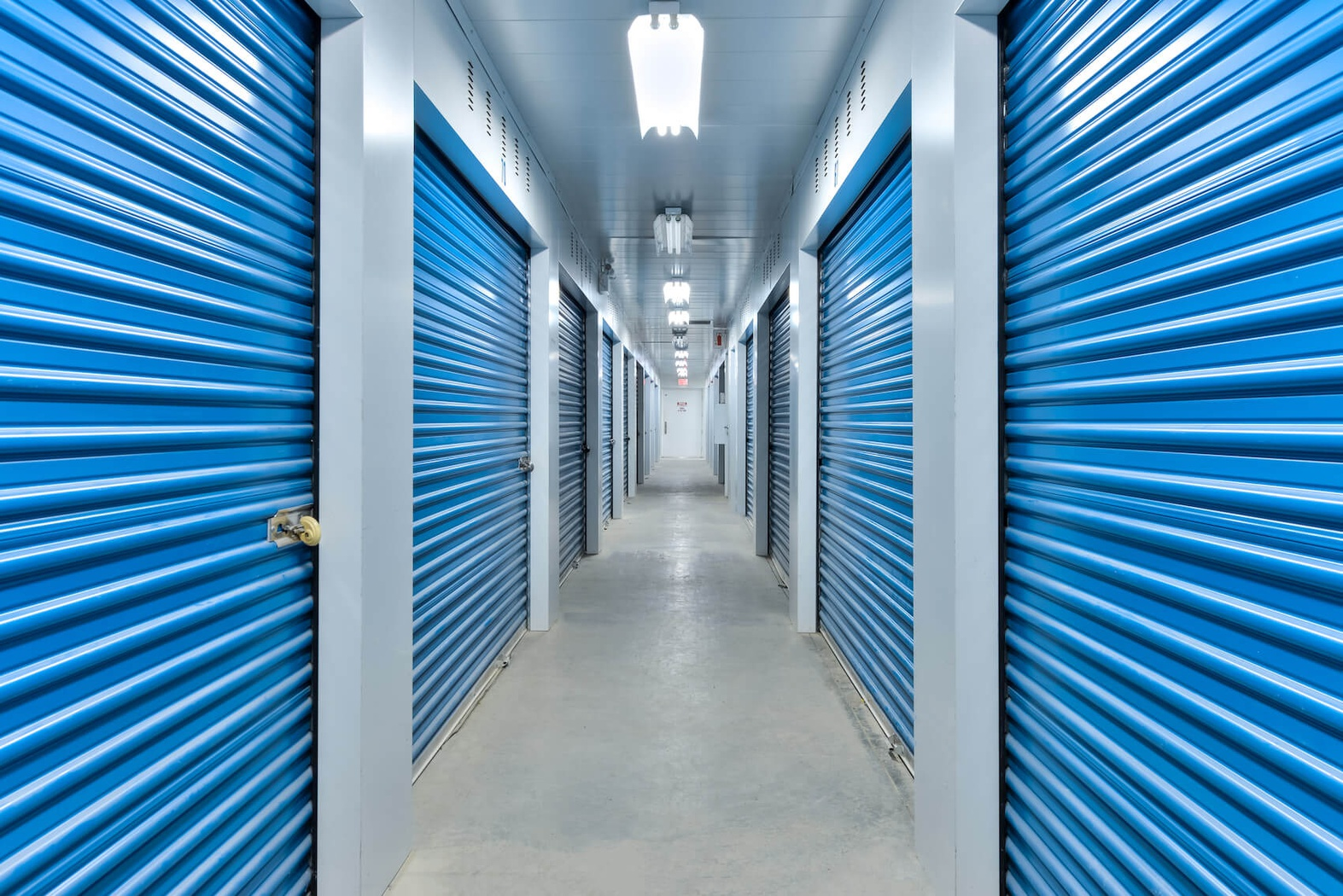 Rent Vaudreuil-Dorion storage units at 3550 Boul de la Cite des Jeunes. We offer a wide-range of affordable self storage units and your first 4 weeks are free!