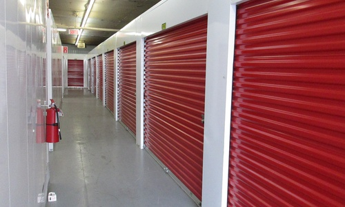 Depotium Mini-Entrepôt - St-Michel located at 3555 Boulevard Crémazie Est has the storage solutions you need. Call to reserve today!