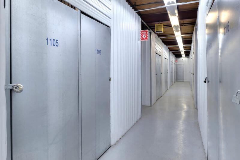 Rent Montreal storage units at 260 Murray St. We offer a wide-range of affordable self storage units and your first 4 weeks are free!