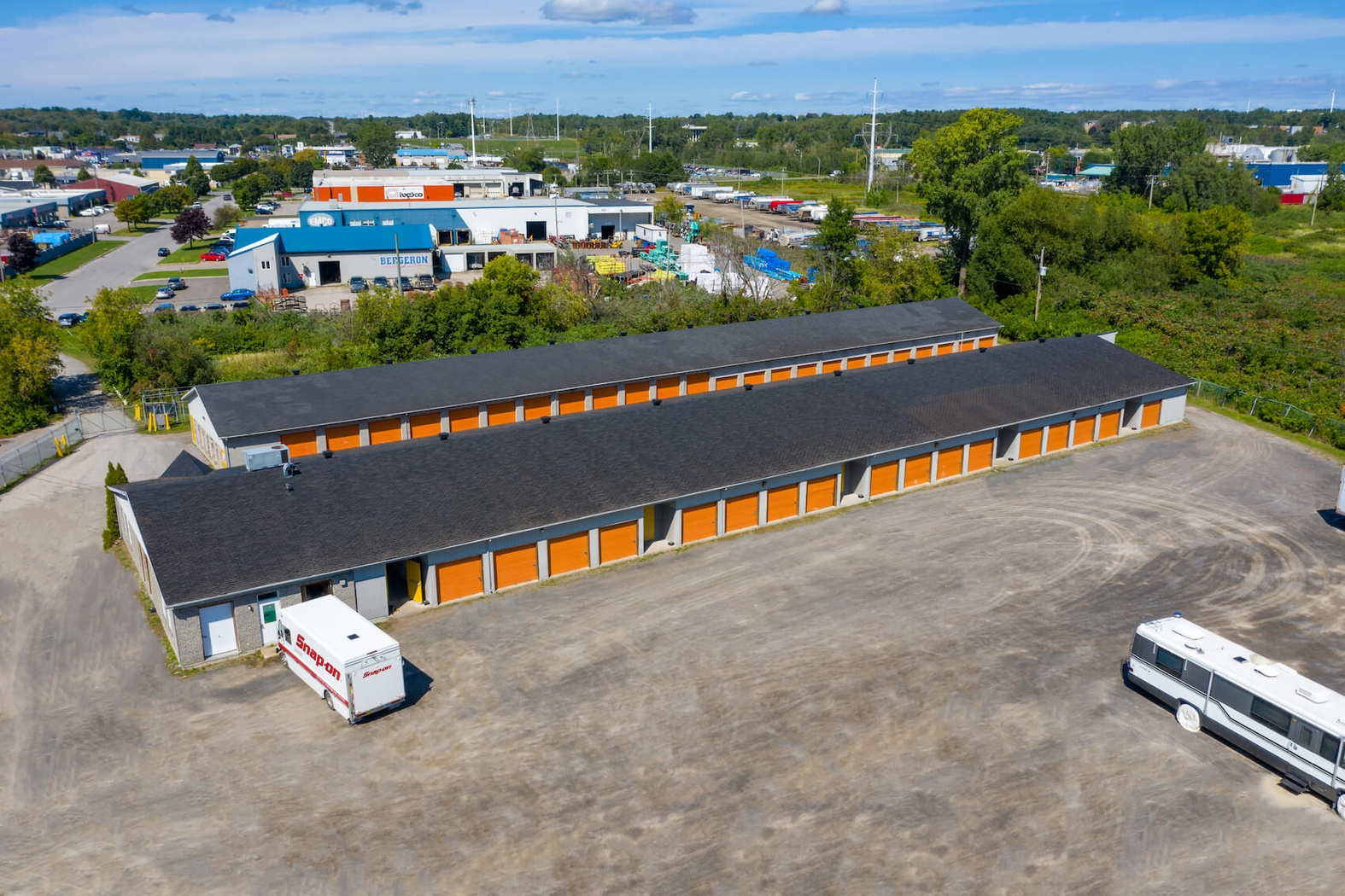 Rent Trois-Rivières storage units at 2300 de la Sidbec S. We offer a wide-range of affordable self storage units and your first 4 weeks are free!