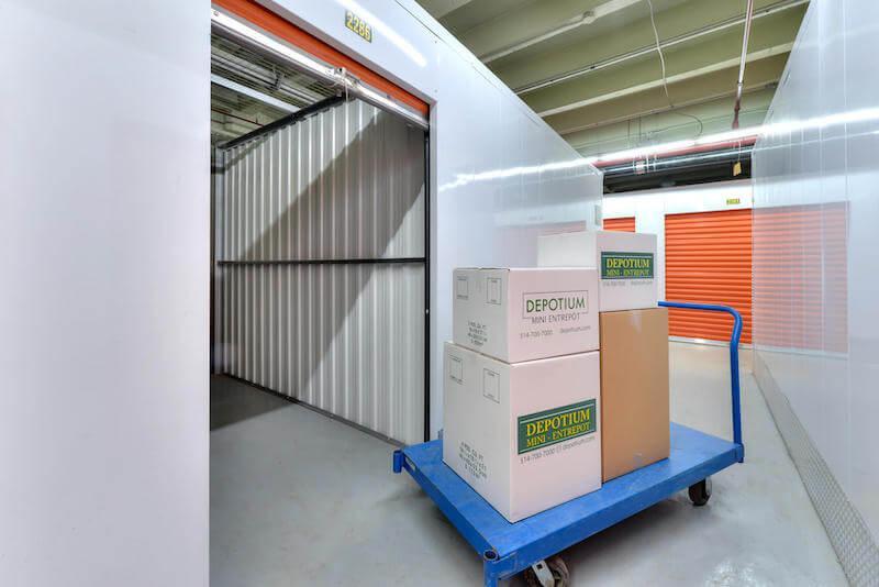 Depotium Mini-Entrepôt – Montréal (Notre-Dame O), située au 889, rue Notre-Dame Ouest, a la solution d'entreposage qu'il vous faut. Réservez dès aujourd'hui!