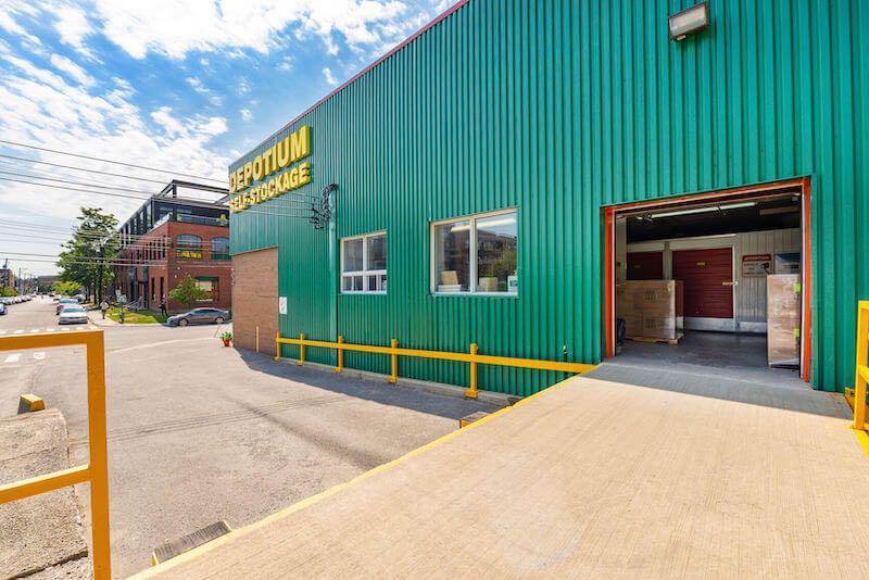 Depotium Mini-Entrepôt – Parc-Extension, située au 255, rue De Castelnau Ouest, a la solution d'entreposage qu'il vous faut. Réservez dès aujourd'hui!