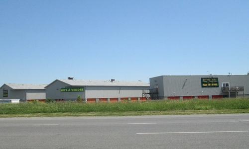 Depotium Mini-Entrepôt – Laval, située au 4425, avenue des Industries, a la solution d'entreposage qu'il vous faut. Réservez dès aujourd'hui!