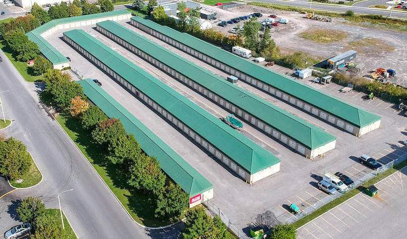 Rent Orleans storage units at 380 Vantage Dr. We offer a wide-range of affordable self storage units and your first 4 weeks are free!